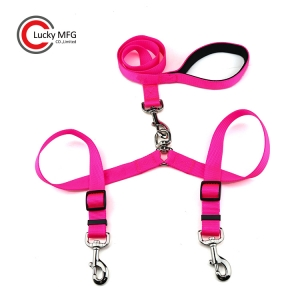 Dual Dog Leash Coupler For Two Dogs